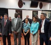 Con la fe puesta en un proyecto sustituto, Comisión de reforma fiscal arranca su trabajo