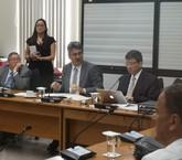 Comisión desecha 528 mociones para limpiar camino al plan fiscal