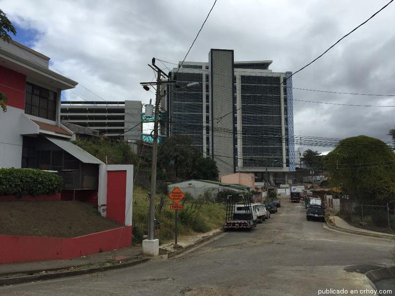 hacienda pretende ubicar sus oficinas en el centro corporativo el tobogn crh
